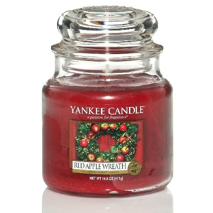 Yankee Candle vonná sviečka Red Apple Wreath Classic stredná