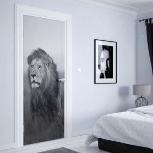 GLIX Fototapeta na dvere - Black And White Lion